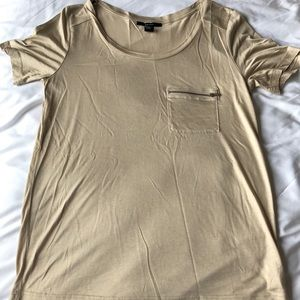 Beige shirt with zipper pocket